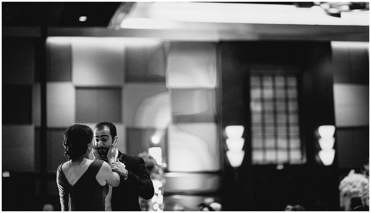 Wedding Photographer in The Hilton Americas